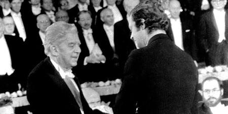 1975+-+il+premio+Nobel+per+la+letteratura+a+Eugenio+Montale
