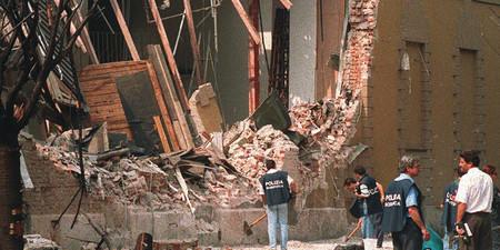 1993+-+L%27attentato+mafioso+al+Pac+di+Milano