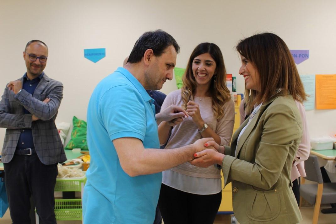 Dipendenti di Banca Popolare Puglia e Basilicata conoscono un utente adulto del centro di Molfetta