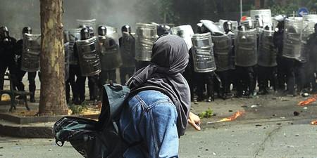 2001+-+La+violenza+al+G8+di+Genova