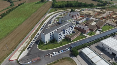 Una vista aerea del Centro Nazionale della Lega del Filo d'Oro di Osimo, una nuova grande casa per le persone sordocieche